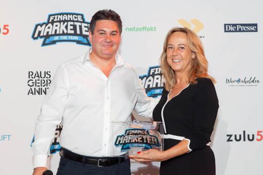 """Sabine Toifl ist """"Finance Marketer of the year"""""""