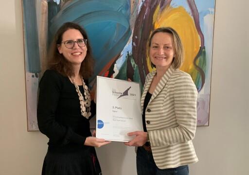 V.l.: Daniela Winnicki, Gudrun Zimmerl, Bayer Austria GmbH
