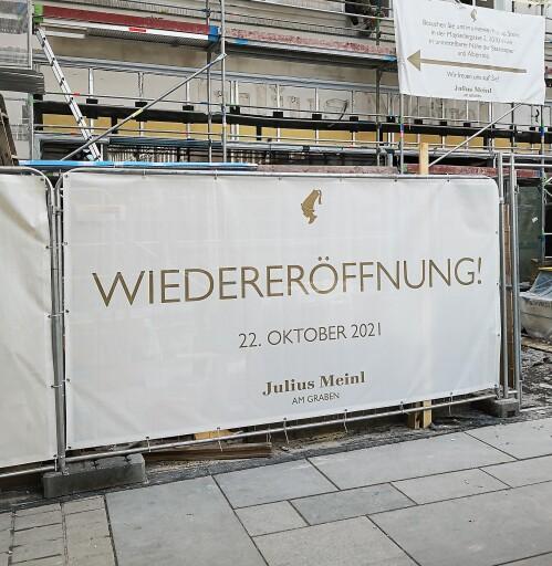 """Unter dem Motto """"Alles bleibt besser!"""" wird der """"Meinl am Graben"""" am 22. Oktober 2021 nach den Umbauarbeiten wieder eröffnet."""