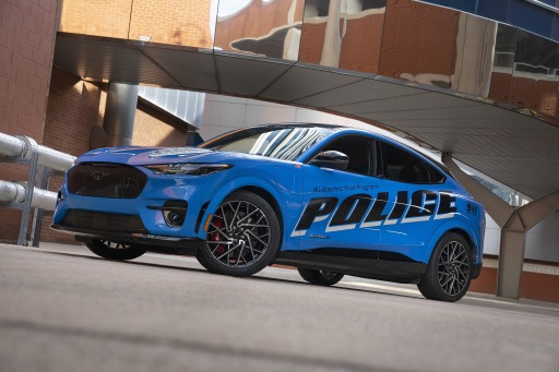 Mach-E Police Front / Ford Mustang Mach-E besteht als erstes voll-elektrisches Fahrzeug die offiziellen Tests der Michigan State Police / Weiterer Text über ots und www.presseportal.de/nr/143363 / Die Verwendung dieses Bildes ist für redaktionelle Zwecke unter Beachtung ggf. genannter Nutzungsbedingungen honorarfrei. Veröffentlichung bitte mit Bildrechte-Hinweis.