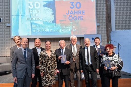 https://www.apa-fotoservice.at/galerie/26791 Buchpräsentation und Podiumsdiskussion, 30 Ideen für Europa - 30 Jahre Österreichische Gesellschaft für Europapolitik.